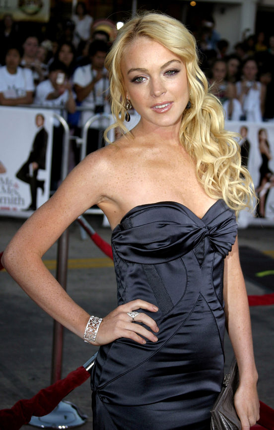 """56847331 - lindsay lohan at the los angeles premiere of """"mr. & mrs. smith"""" held at the mann's village theater in westwood, usa on june 7, 2005."""